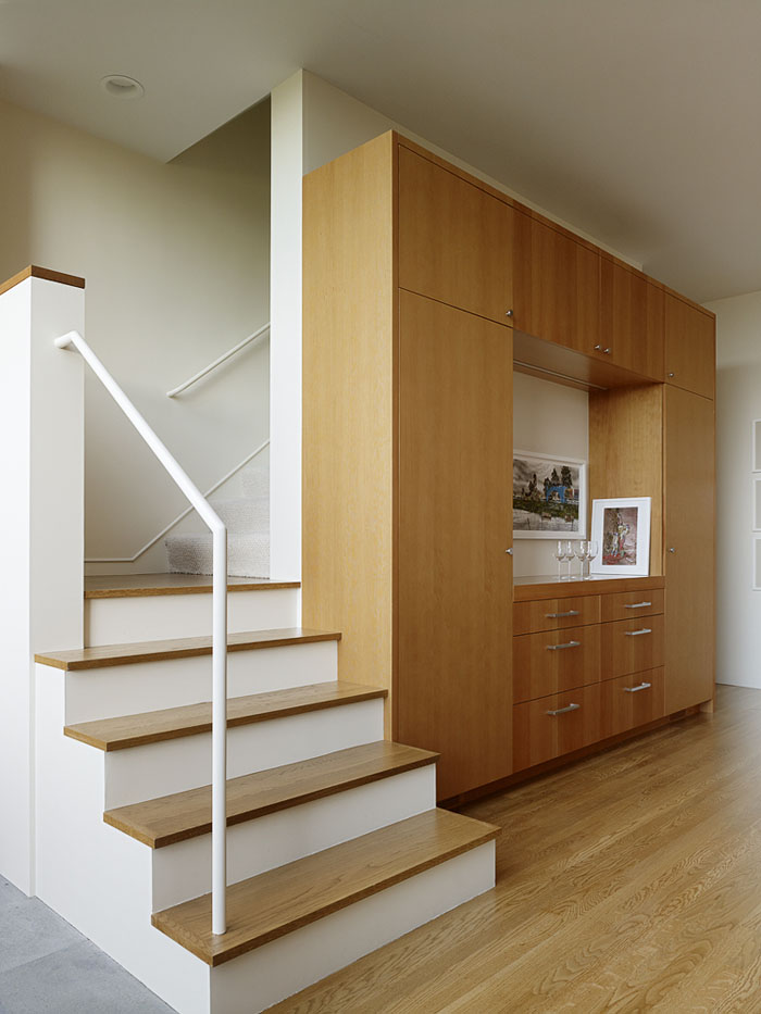contemporary-staircase-remodel.jpg