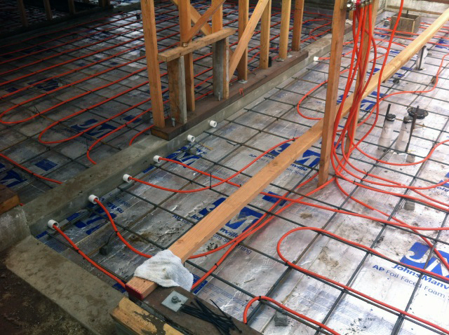Radiant floor heating electric vs hydronic jeff king for Electric heating systems homes
