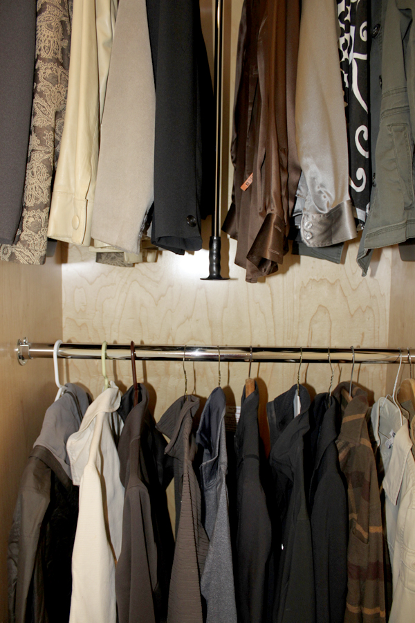 Pull Down Clothes Rack