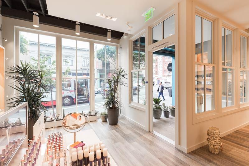 6-Floor-to-Ceiling-Windows-Retail-blog