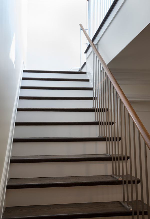 interior-staircase-wood-treads-steel-guardrails