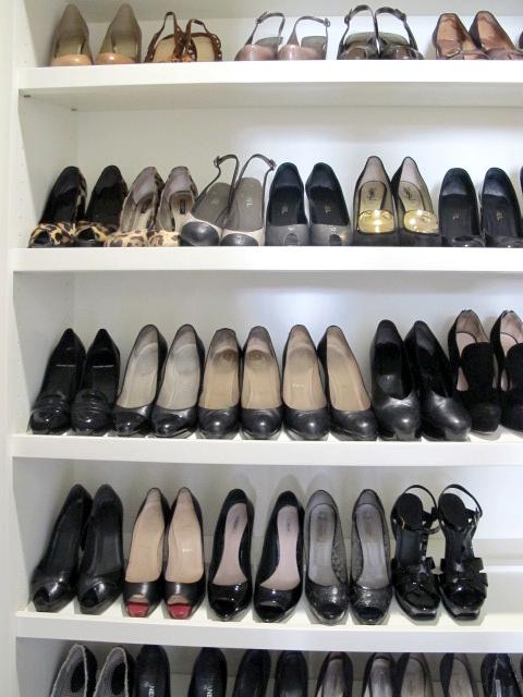 Built In Shoe Closet