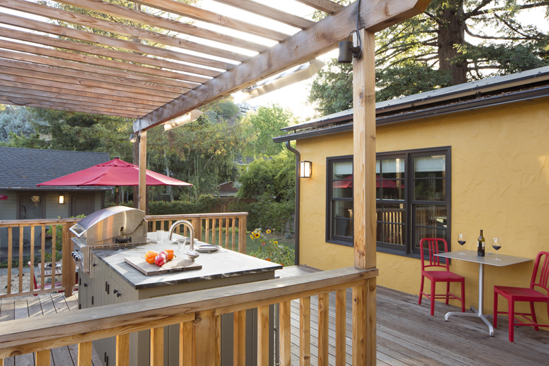 15 Outdoor Kitchen and BBQ7