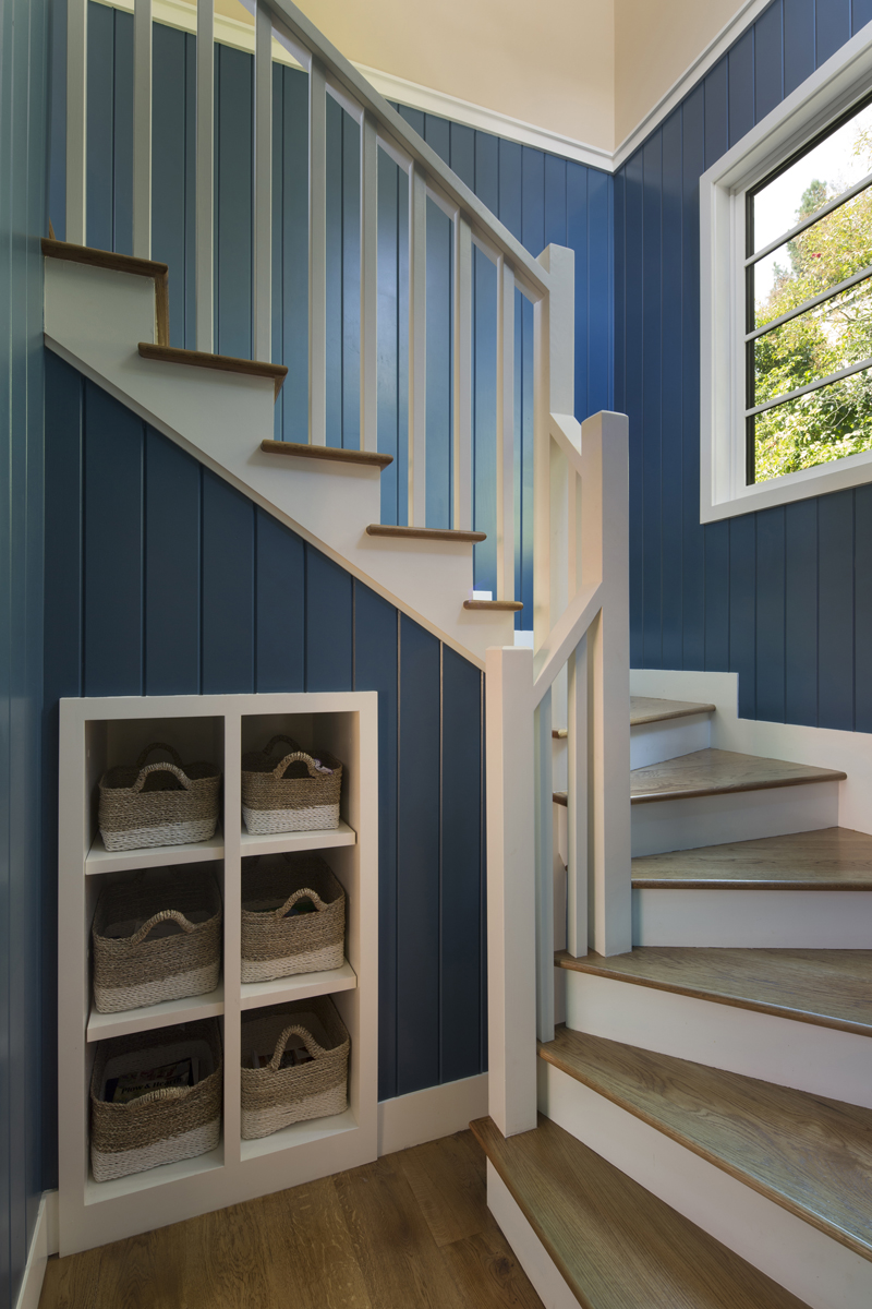 7 Blue Staircase14